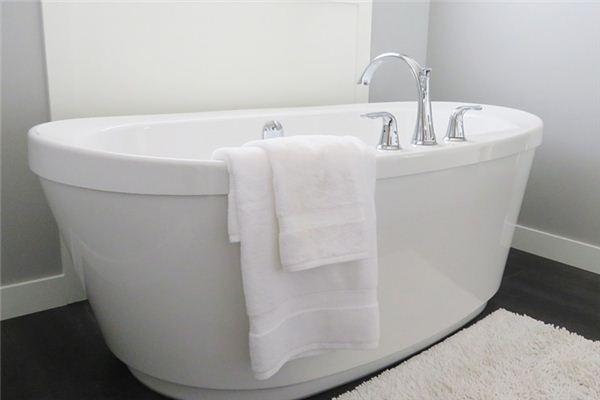 Traumdeutung der Badewanne
