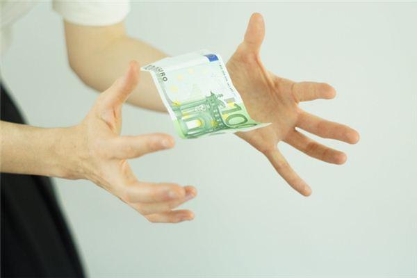 Traumdeutung gefälschter Geldscheine